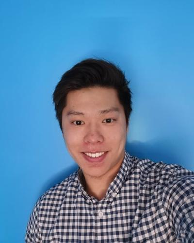 Kangze Huang